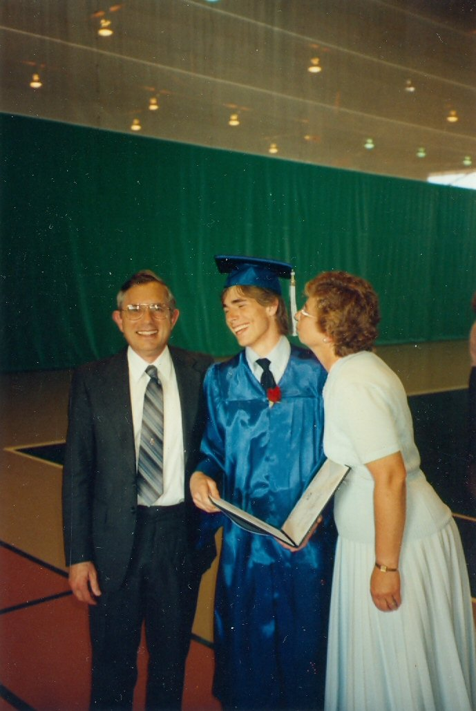 1991 Steve and Evy with Jeremy at graduation
