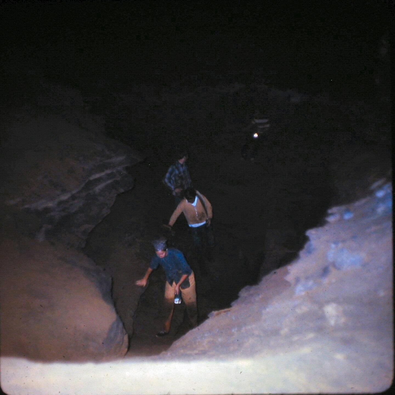 1971_043