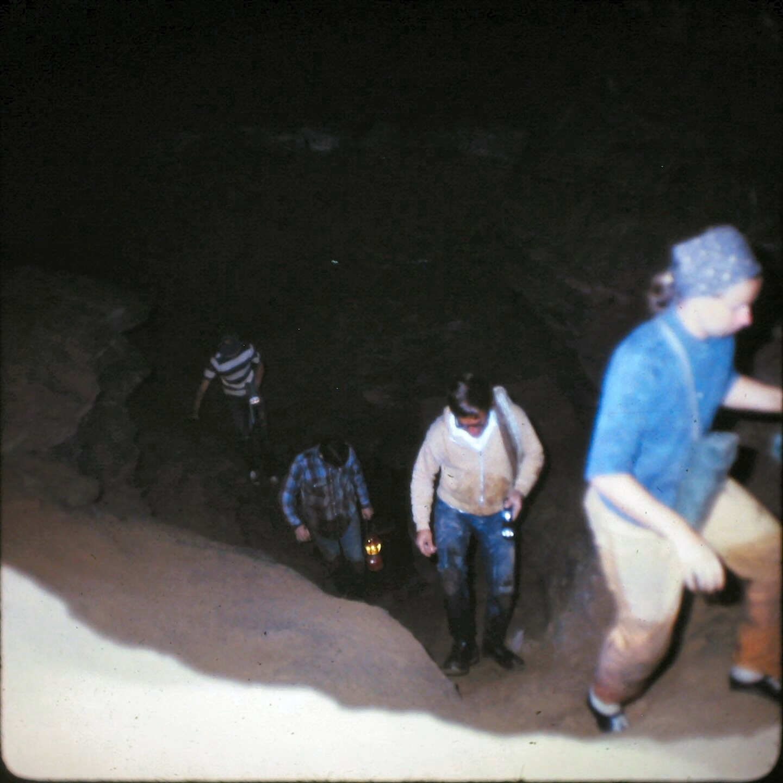 1971_044
